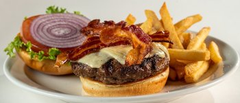 Picture of Glory Days Grill's seasonal Brisket-Short Rib Burger Blend